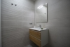 /properties/images/listing_photos/3699_Bathroom  (2)_1814x1210.jpg